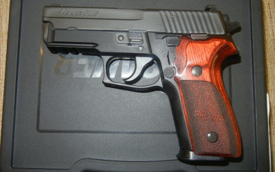 Sig P229 9mm w/Wood Grips w229-9-sp NEW Arvada CO